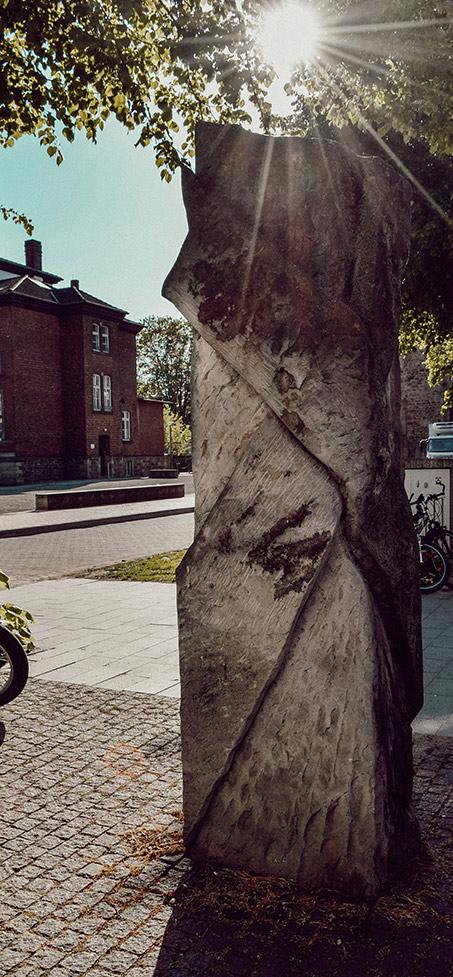 Öffentliche Skulptur auf dem Kollegienplatz in Rinteln