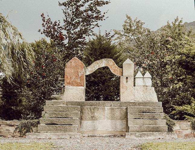 Denkmal zur Gebietsreform im Ort Schaumburg