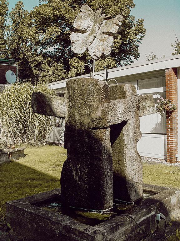 Skulptur / Brunnen für ein Wohnheim in Bückeburg