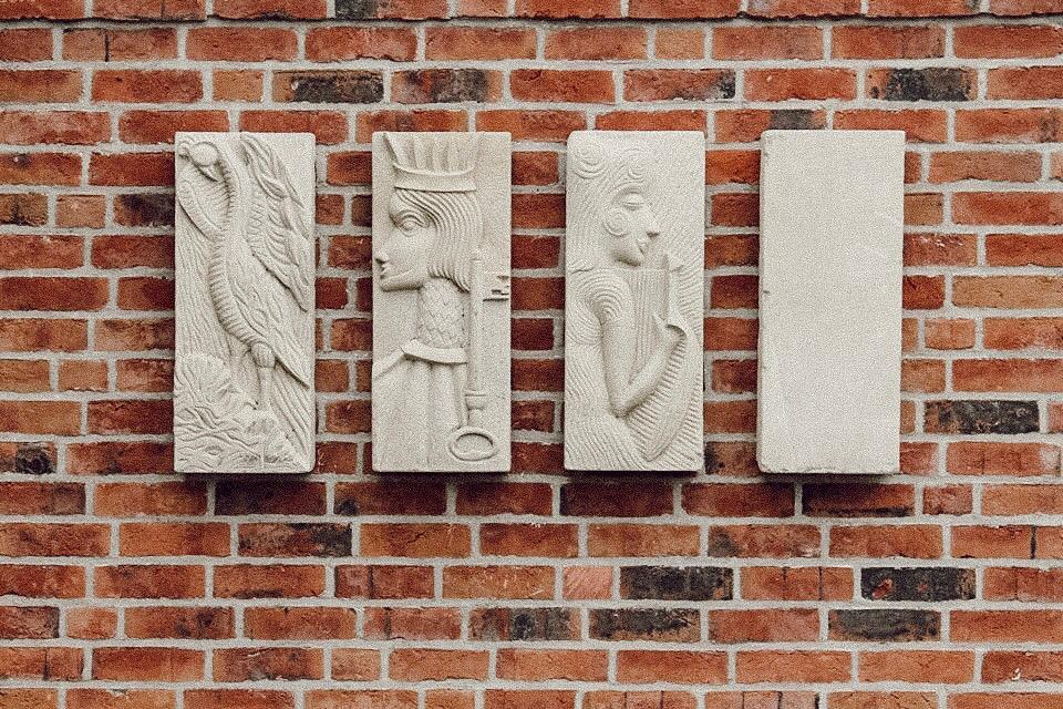 Sandsteinrelief von Peter Lechelt