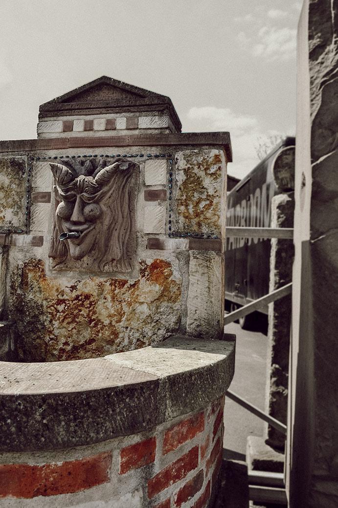 Griechischer Pan Brunnen und Wasserspeier